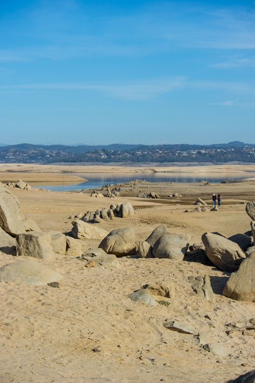 Folsom Lake dropped to historically low water levels in January 2014.