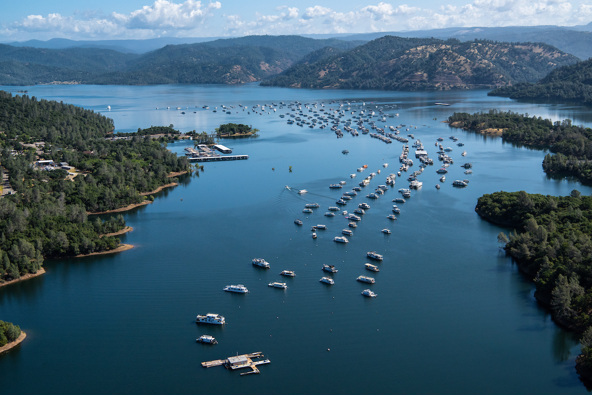 Boats on Lake Oroville.