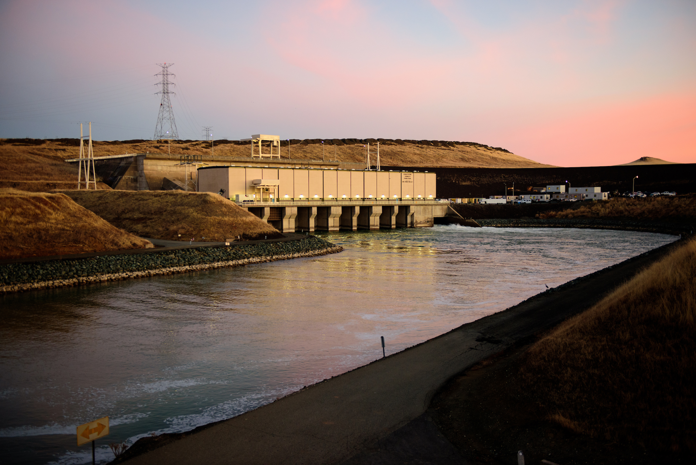 A morning sunrise over the Ronald B. Robie Thermalito Pumping-Generating Plant, located at the Thermalito Afterbay.
