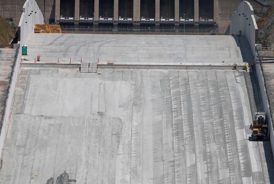 Middle chute of Lake Oroville main spillway on  May 3, 2018