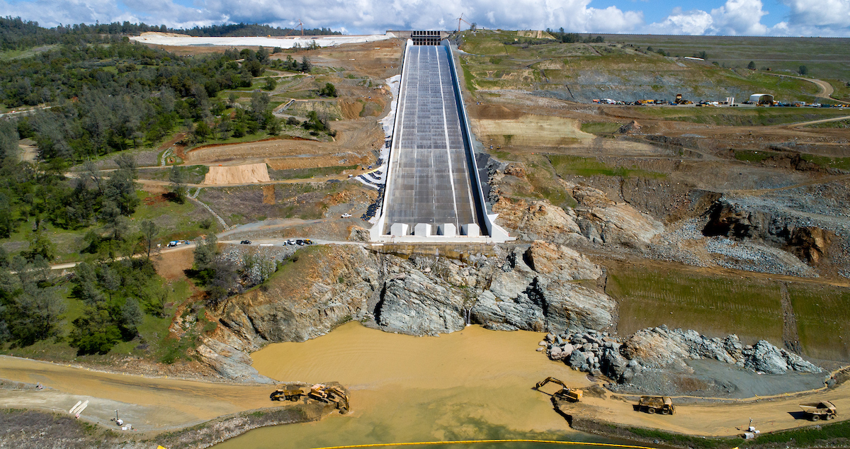 A drone provides an aerial view of the Lake Oroville main spillway.